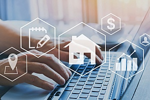 a real estate agent who is using software to identify sales zones